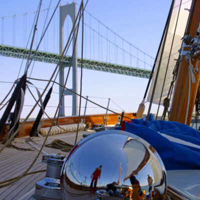 Nordwind-Under-Newport-Bridge